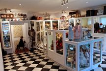 Musée Poupées Dentelles / Une collection unique de poupées antiques uniques - Années 1750 à 1920 -