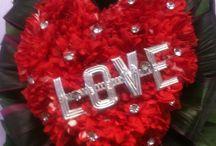 Valentine  be mine  / Treats