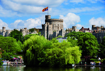 Oxford & Windsor / Two of England's finest destinations, from the dreaming spires of Oxford and one of the Queen's favourite weekend home in the beautiful surroundings of Windsor