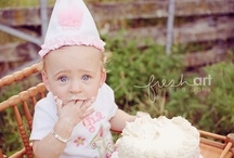 Cake Smash and First Birthday Pictures