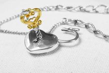 Want to buy gift ideas / gold charms with a beautiful story of happiness, love, art and inspiration...