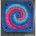 cuadrado  bicolor en crochet