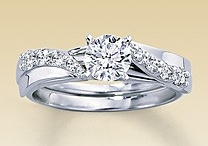 wedding rings / by Jessica Kats