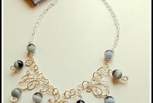 peças em cobre e prata