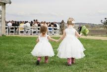 rustic garden wedding / by Helen Va