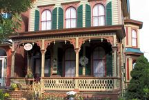 Architecture - Victorian / by Diana Staresinic-Deane