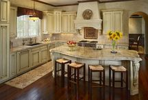 DREAM KITCHENS / BEAUTIFUL KITCHENS / by Elaine Trentadue