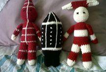 muñecos tejidos