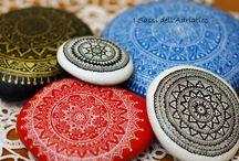 Mandala's en stenen schilderen