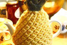 Tea Cosy / Knit & Crochet