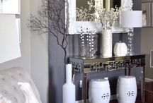 black abd white decor