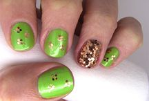 Manicures and Nail Polish / by Kelly-Ann Krawchuk