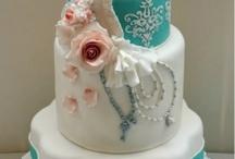 Wedding cakes / by Ceren Kaya