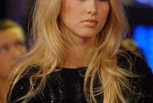 Natural hair and make-up