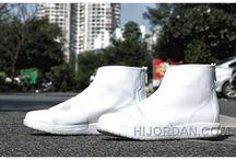 Nike Benassi Boot