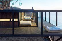 Dies und Das / http://inhabitat.com/solar-powered-cliffside-home-is-a-hidden-retreat-with-stellar-ocean-views/