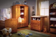 Faktum Tomi gyerekszoba / Tomi nursery. The furniture are solid pine. All Tomi items include  handmade elements.