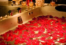 Relaxing Bath / Self Love...Treat yourself to a relaxing bath with rose petals, candles & wine or champange.