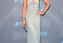 Kate Beckinsale robes