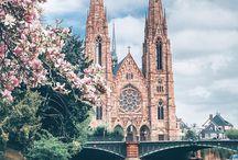 ARTE - ARQUITECTURA - CATEDRALES y BASÍLICAS / Iglesias, en general, con algo valor artístico e/o histórico (Monasterios, abadías, conventos, santuarios, hermitas, sinagogas, mezquitas, ...)