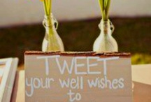 Wedding Twitter / Wedding Twitter  best in 140 or less!  Brought to you by @TweetMyWedding