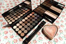 Makeup Revolution Palettes and Hearts post / My most popular post to date over on my blog, featuring some Makeup Revolution products! http://www.gemsupnorth.co.uk/2016/01/just-few-more-makeup-revolution-products.html