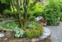 Stone Garden Beds / Utilize stone in your garden beds to create a beautiful look in your yard.