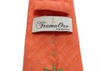 Lusso estremo, cravatte impunturate e orlate a mano, TramaOro Luxury è sinonimo di un prodotto sartoriale fatto a mano / Cashmere