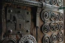 Двери, дверки, ручки