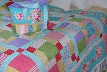9 Patch Quilts, Nine Patch Quilts / The 9-Patch quilt blog is so versatile and timeless!  There's lots of amazing nine patch quilts to inspire you here!