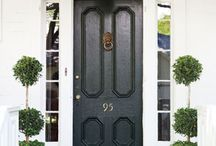 I want a black front door !