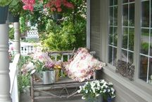 Porch Love / Front and back porches / by Jayne Honnold