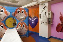 Hospitales para peques / Hospitales y material sanitario para niños y pequeños que sea amigable