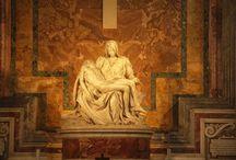 Pieta / Michelangelo