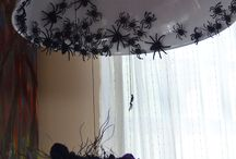 Halloween Decorations & Ideas / Interior holiday decorations for Halloween.