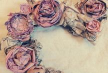Paper flowers / by Linda Emad