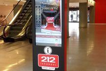 AVM Kiosk ve Digital Signage Çözümleri / Kiosk İnnova'nın Kiosk, Digital Signage ve Videowall çözümleri ile AVM ziyaretçilerine reklamlarınızı ve güncel kampanyalarınızı anında duyurabilir, aradıkları mağazaları kolayca bulmalarını sağlayabilirsiniz.