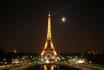 """""""City of Lights"""" Paris  /     Surnommée la """"ville lumière"""", Paris est l'un des centres du monde avant tout économiques et culturelles. Situé au bord de la Seine, Paris est une belle ville cosmopolite dont l'influence sur la politique, l'éducation, divertissement, mode et les arts est ressentie dans le monde entier"""