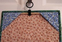 How to hang quilt