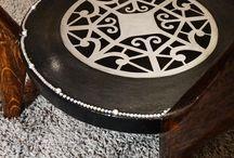 Luxury Furniture / Luxus kivitelben, egyedileg felújított többnyire retro és art deco bútorok. Minden darab egyedi tervezés, kivitelezés, különleges formavilág.
