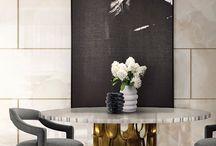 Hochwertige Möbel / Hochwertige Möbel | Designer Möbel | Messing Beistelltisch | Modernes Design | Minimalismus Design | Minimalist Decor | Luxus Möbel | Samt Sessel | Kunst Möbel | Pantone Farben | Einrichtungsideen | www.brabbu.com