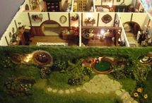 Doll's Houses and Miniatures
