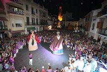 El nostre poble Calella / Sóm uns enamorats de la nostra vila, Calella. Es estimem Calella i ens estimem els nostres veins. Festes, activitats i munt de coses que us volem presnetar en imatges