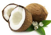 Coconut / fresh, organic coconut