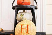 Holidays: Decorating  / by Melissa Robbins