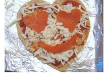 Valentine's Day Ideas / Crafts, recipes, decorations, etc for Valentine's Day