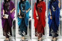 Gamis Batik / Dapatkan Produk Gamis Batik dari GamisKita.com. Ayo lihat koleksi Model Gamis Batik, Gamis Batik Modern, Model Baju Gamis Batik, dan Gamis Batik Kombinasi.