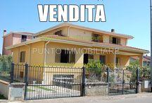 Villa Tortoli / Tortoli, Sardegna 2,8 km dal mare  Villa indipendente, di oltre 500 mq  L'immobile è composto da ampio appartamento al piano terra (principale) ,appartamento al primo piano (appartamento ospiti) , appartamento rustico al piano seminterato, garage e cantina.  Ciascun piano ha un proprio ingresso esternoreno ed indipendente. riferimento annuncio A355VE998 link  http://www.immobiliarepunto.com/?p=474 #sardegna #ogliastra # tortoli #arbatax #villasardegna #villaogliastra #villatortoli #villaarbatax