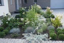 ogród w Chałupach / ogród zaprojektowany przez Przedsiębiorstwo Romantycznych Zagajników