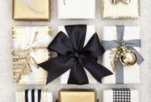 Christmas table gold